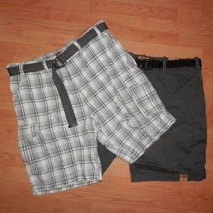 2 NEW Pairs Men's Size 46 Foundry Cargo Shorts